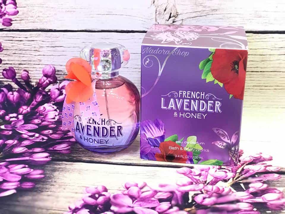 Quà tặng là hoa lavender cùng nước hoa
