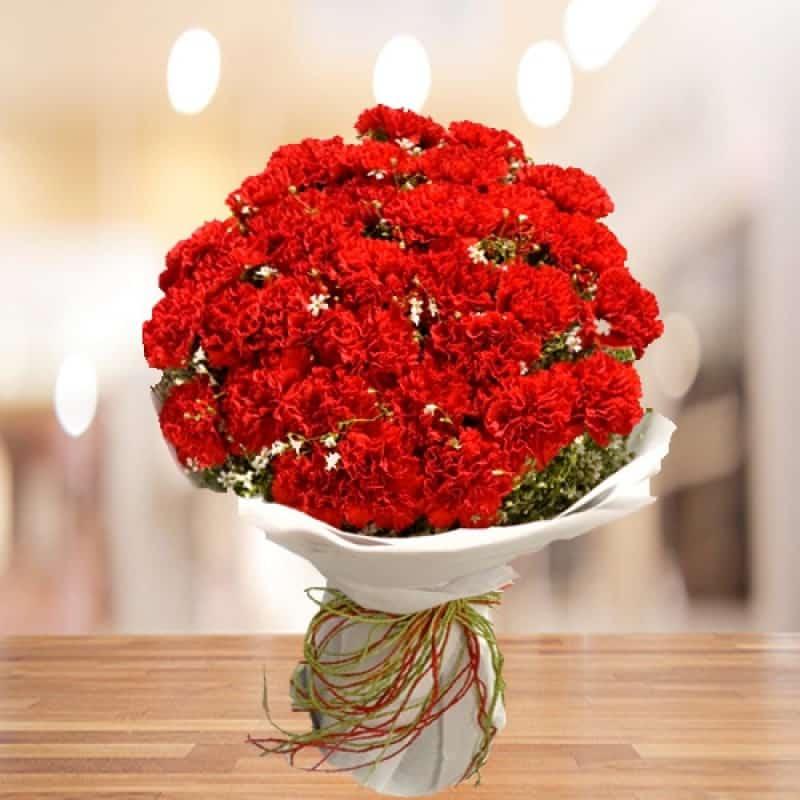 Màu đỏ hừng hực của tình yêu
