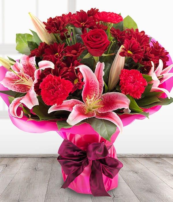Bó hoa ly kết hợp với hoa hồng đẹp nhất