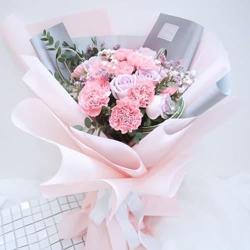 Bó hoa cẩm chướng tặng mẹ ý nghĩa nhất